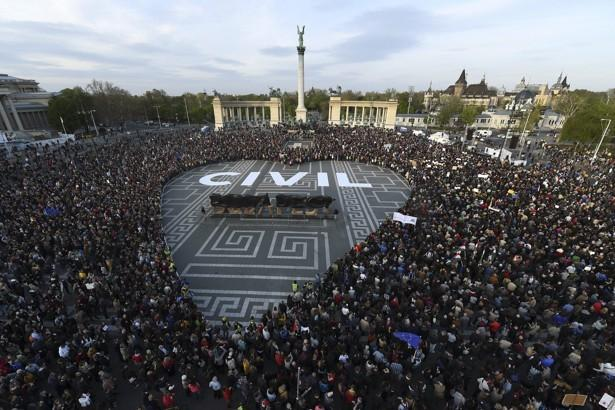 The legislation has prompted protests in Hungary. Photo: hvg.hu